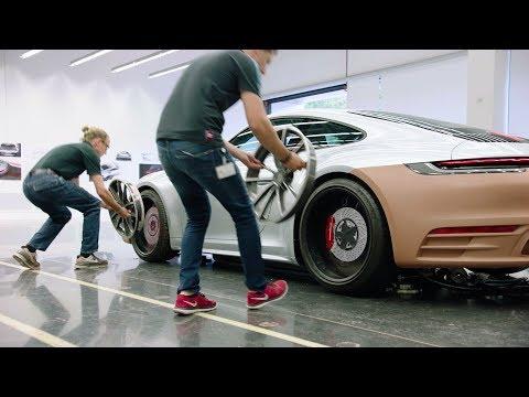 2020 Porsche 911 (992) – Development Of Stunning Sports Car